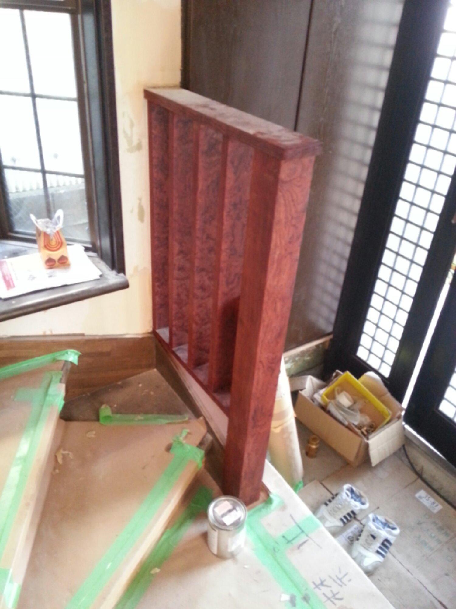 床柱が階段手摺に変身