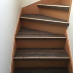 無垢フローリング階段上張り