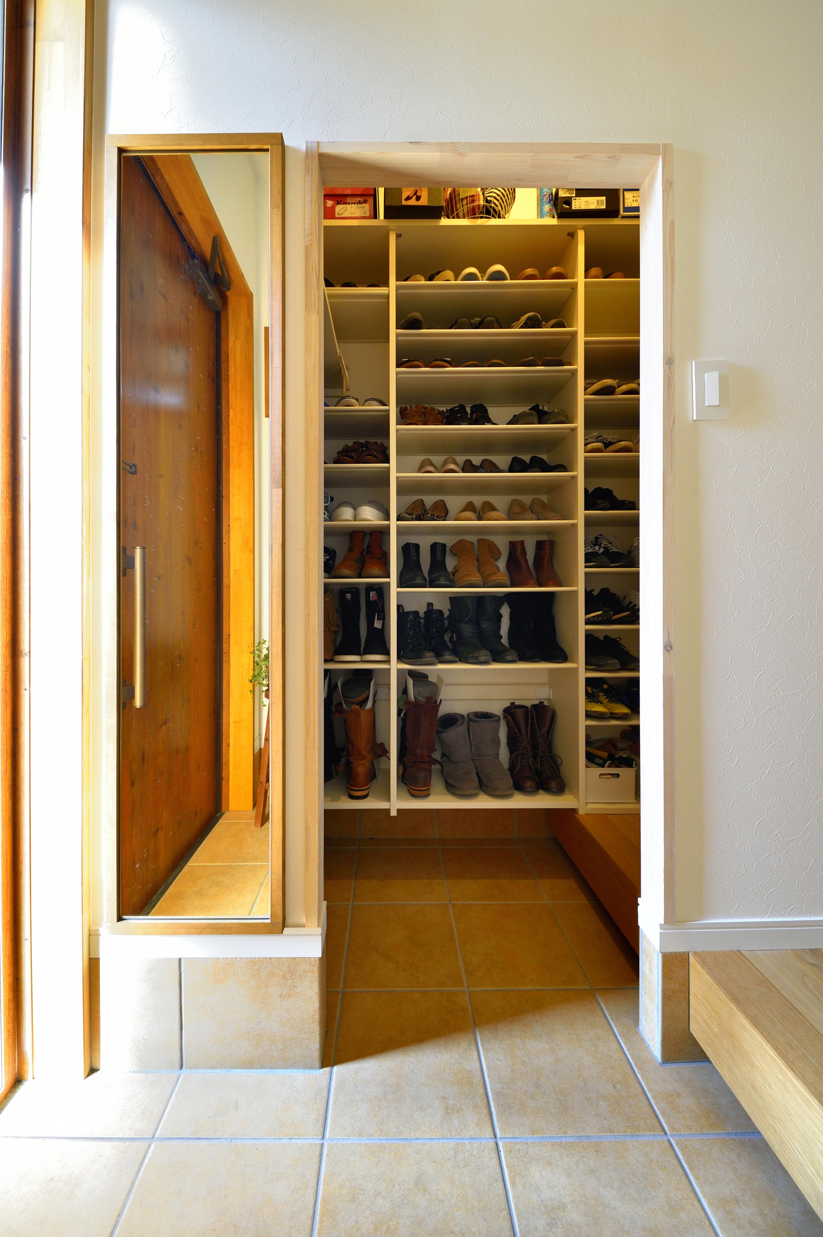 「靴箱」なくしてみたら・・シューズインクローゼット(株式会社OKUTA LOHAS studio 大宮店のブログ 星川 知加子@OKUTAのブログ) リフォームのオクタ