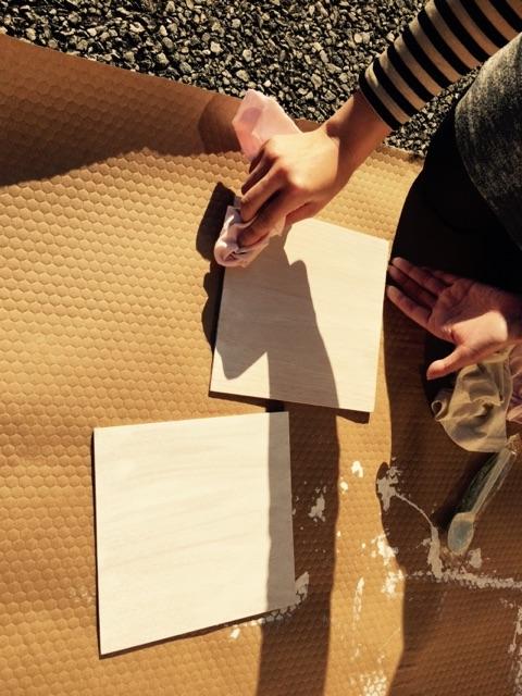 無垢の突板を自然塗料で塗装してみました♪