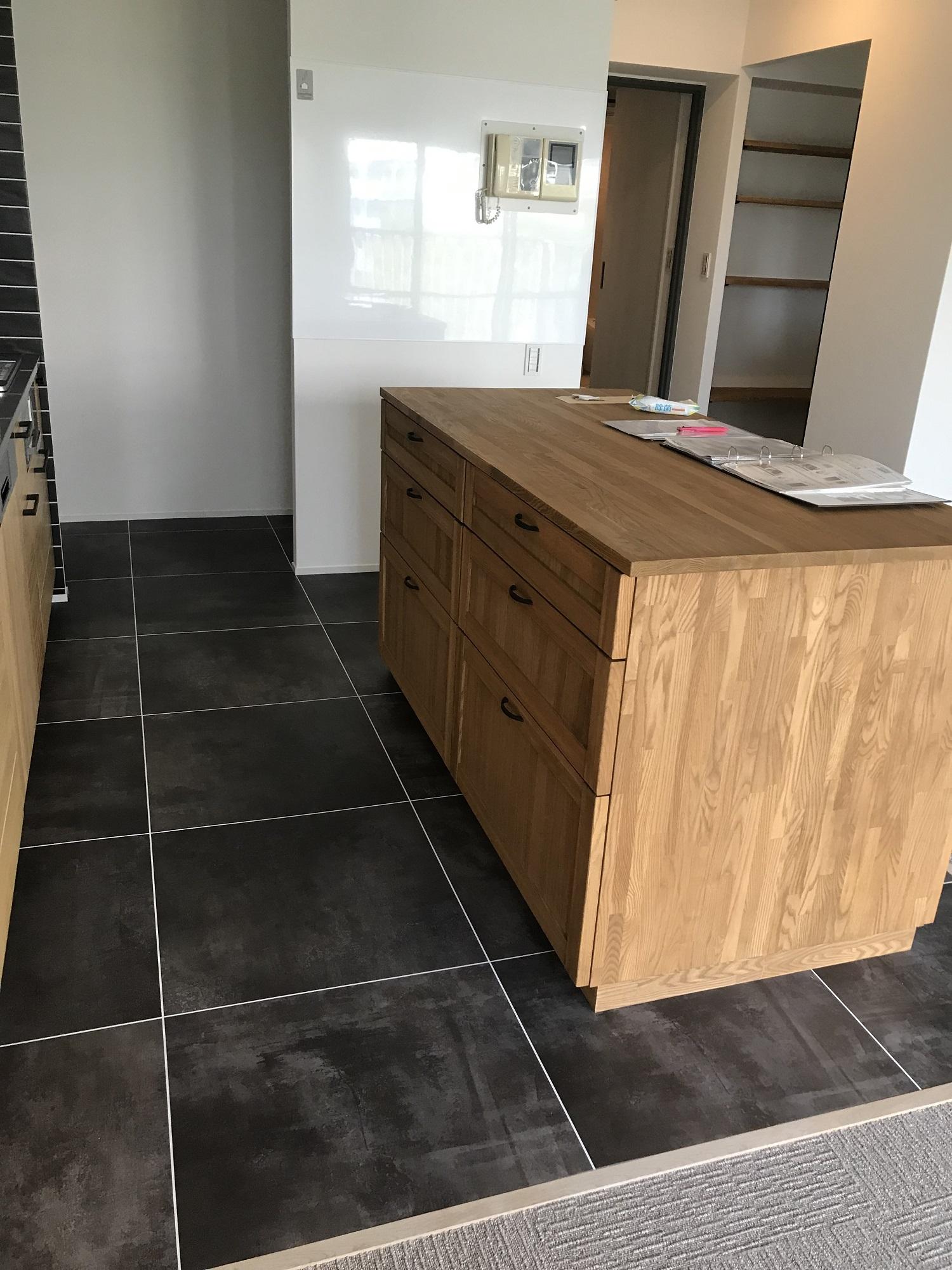 キッチン 造作 作業台