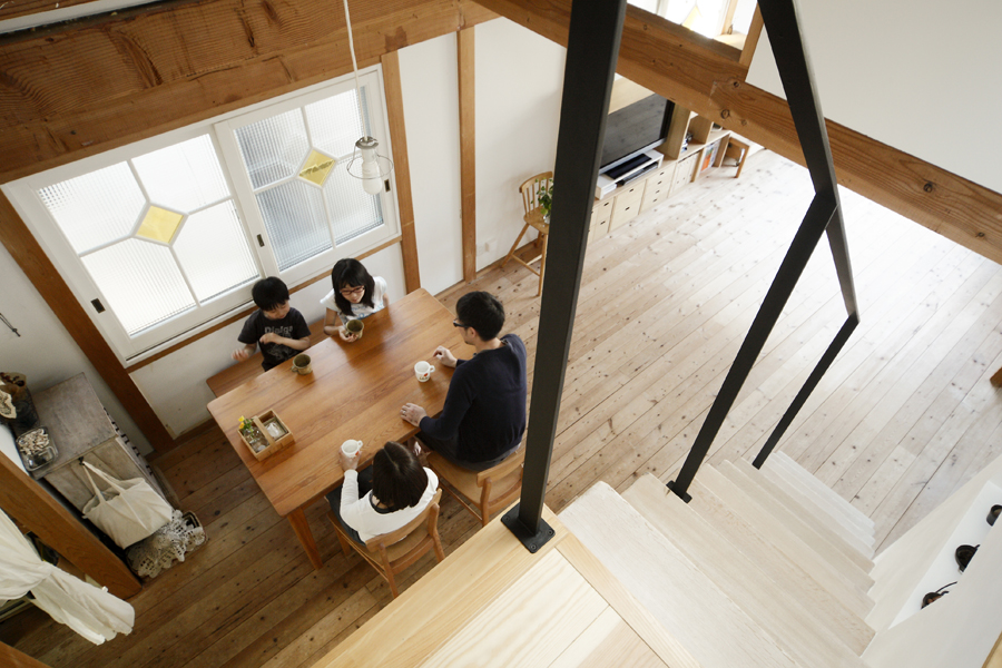 GIFT -家族と空間を「つなぐ」ロフト階段-(一戸建て)