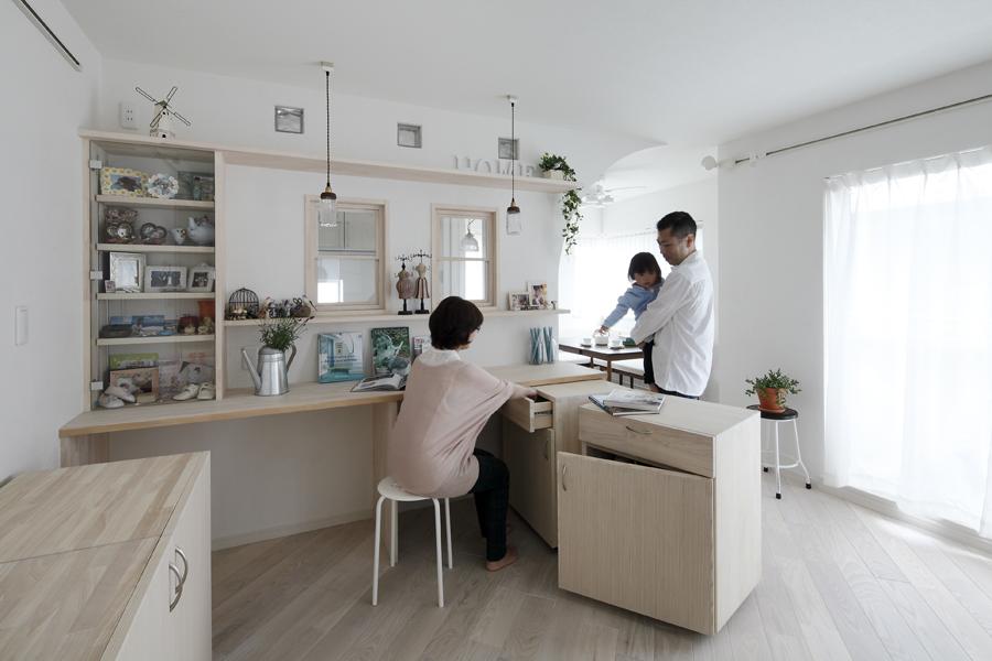 ミルク色のコージーコーナー 優しさで育む家族の家(一戸建て)