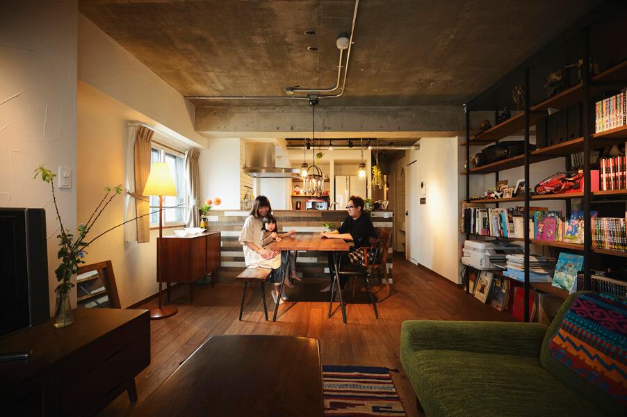 「中古購入+リフォーム」で、こだわりの場所に、好みの間取り&デザインの家を実現 (マンション)