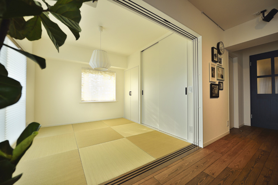 スタイリッシュな市松柄の畳模様 和室の様子