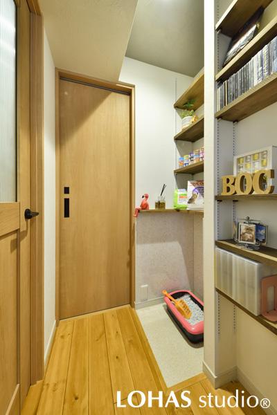 「適材適所」をモットーに、ネコちゃん用の収納スペースの様子