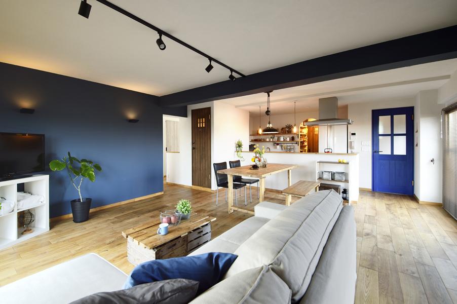 3姉妹がすくすく育つ 家族団らんの家 -暗い個室を明るく変身!みんなで使えるゆとり設計-(マンション)
