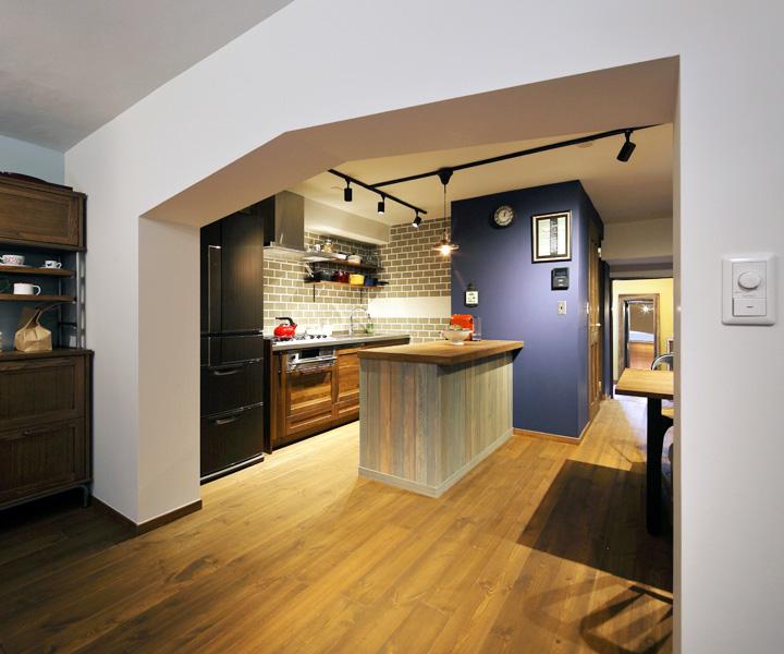 ちょっぴりレトロ 隠れ家みたいなカフェ風リノベ -おばあちゃん家を引き継いで-(一戸建て)