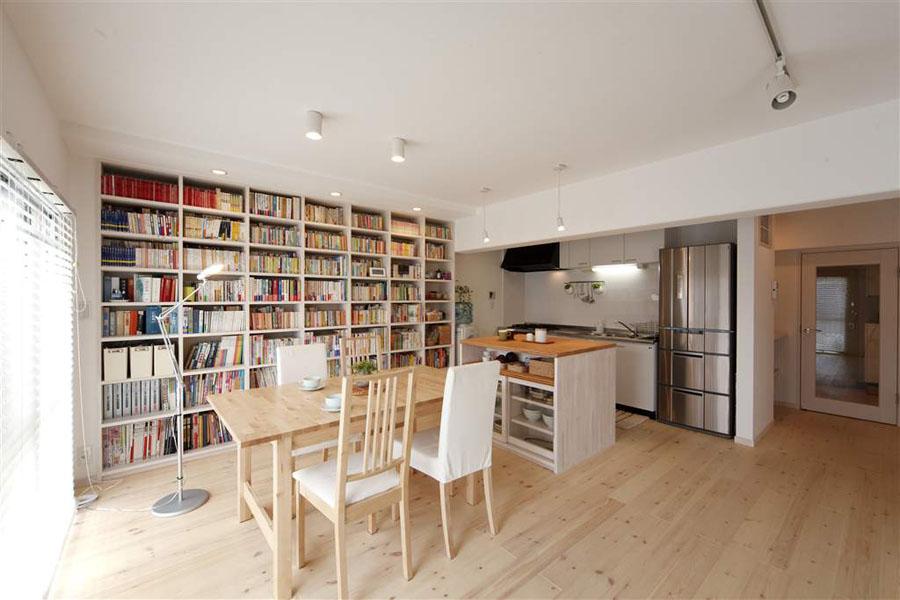 心地よい空間でくつろぎの読書タイムを(一戸建て)