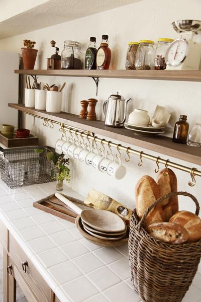 キッチンの造作棚の様子