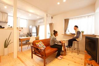ワンフロア×カフェの住まい(一戸建て)