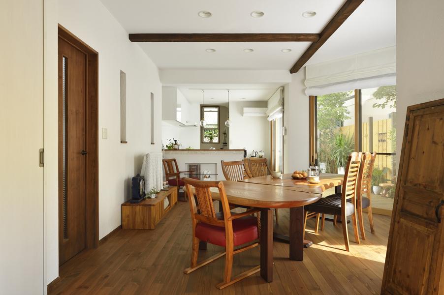 開放感いっぱい!家族でのびのび過ごすナチュラルスタイルの家。(一戸建て)