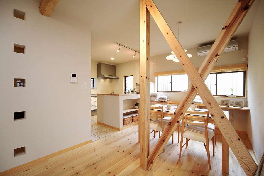 自然素材を多用して家族の笑顔が飛び交う家:千葉県船橋市:オール電化リフォーム(一戸建て)