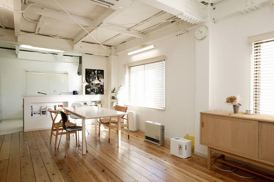 自然素材でシンプルモダンな北欧デザインに:東京都江東区(一戸建て)