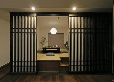 格子の宴 -現代の茶の間空間-